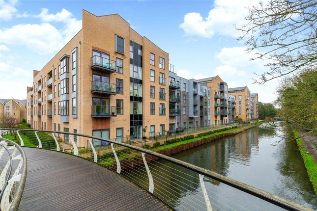 2 bed flat for sale in Blackwell House, The Embankment, Nash Mills Wharf, Hemel Hempstead HP3