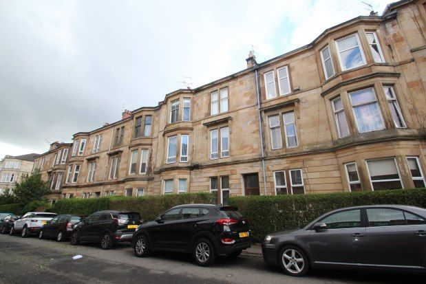 Thumbnail Flat to rent in Skirving Street, Glasgow