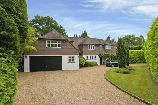 Thumbnail Detached house to rent in Broad Highway, Oxshott Estate, Cobham