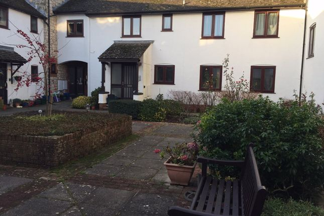 2 bed flat to rent in Barnards Farm, Beer, Seaton
