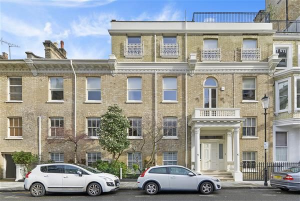 Thumbnail Terraced house for sale in Gore Street, London