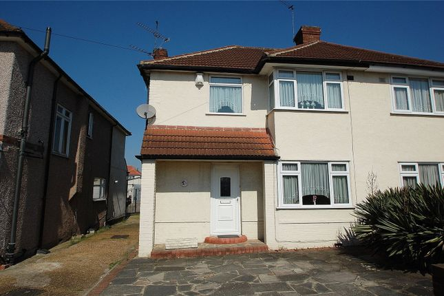 Picture No. 02 of Eyhurst Avenue, Hornchurch RM12