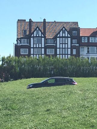 Thumbnail Flat for sale in Eastern Esplanade, Cliftonville