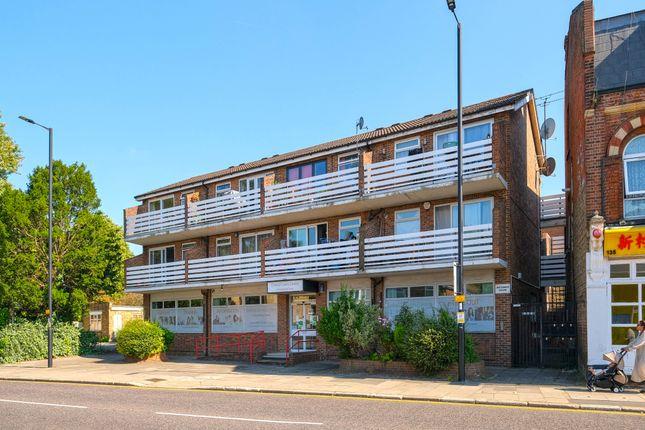1 bed flat for sale in Baker Street, Enfield EN1