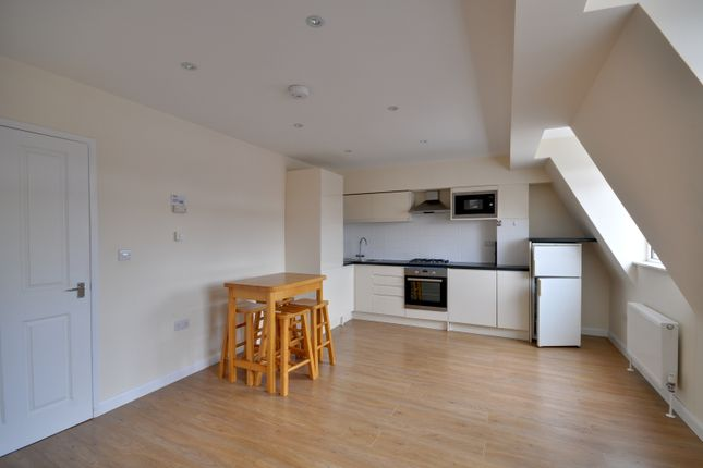 Thumbnail Flat to rent in Station Road, North Harrow, Middlesex