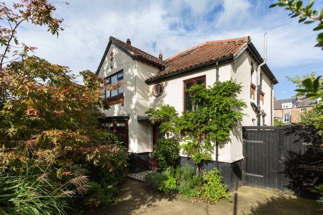 Thumbnail Detached house for sale in Grange Garth, York