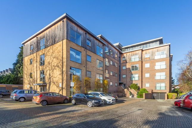 Front Shot of Priory Point, 36 Southcote Lane, Reading RG30