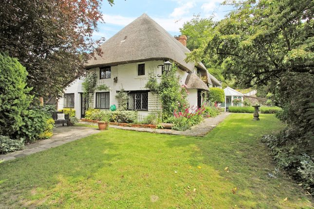 4 bed cottage for sale in Newbury Hill, Penton Mewsey, Andover SP11