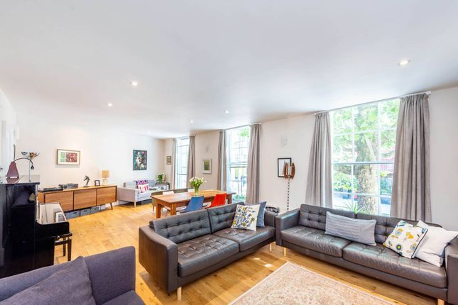 Thumbnail Maisonette for sale in Blackfriars Road, South Bank, London