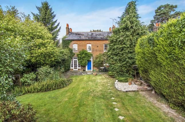 6 bed semi-detached house for sale in Epping, Essex, Uk
