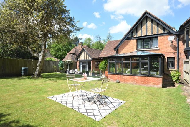 Thumbnail Semi-detached house for sale in High Road, Chipstead, Coulsdon