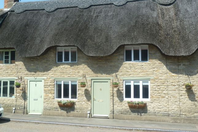 Thumbnail Cottage for sale in High Street, Podington, Northamptonshire