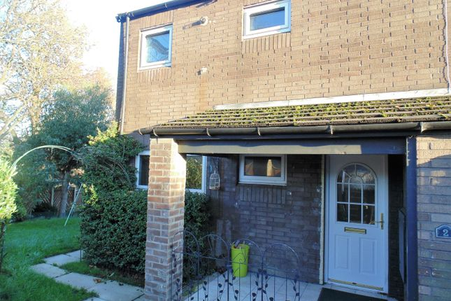 3 bed end terrace house to rent in Hayburn Road, Batley WF17