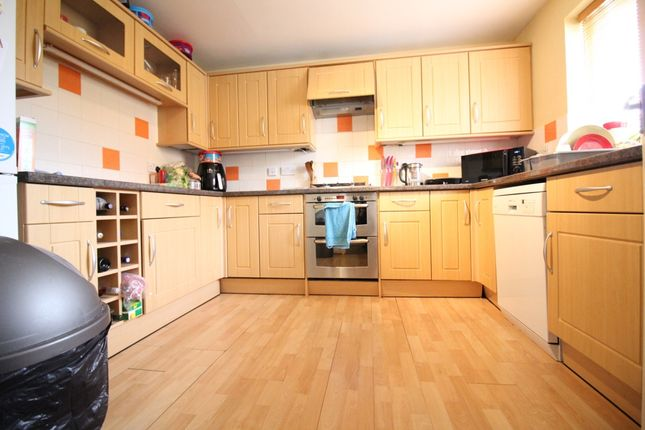 Thumbnail Link-detached house to rent in Radley Close, Feltham