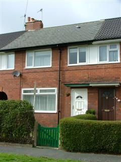 Thumbnail Terraced house to rent in Victoria Park Grove, Bramley, Leeds