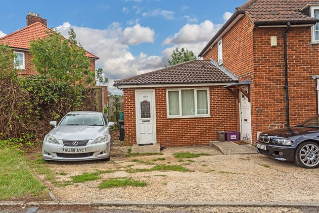 Thumbnail Bungalow for sale in Bordesley Road, Morden