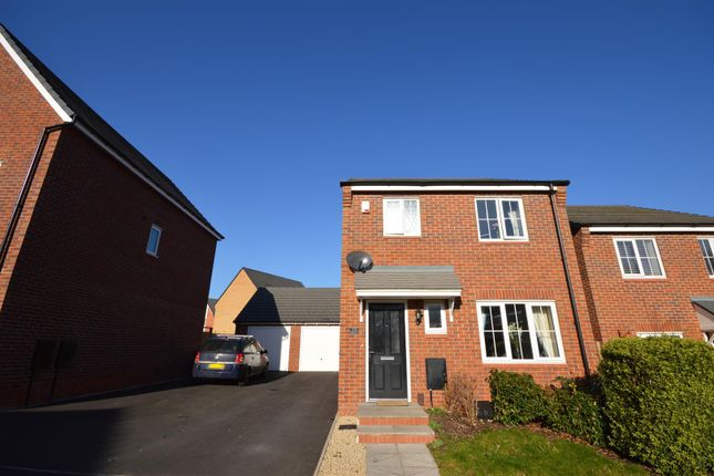 Thumbnail Detached house for sale in Pike Drive, Chelmsley Wood, Birmingham