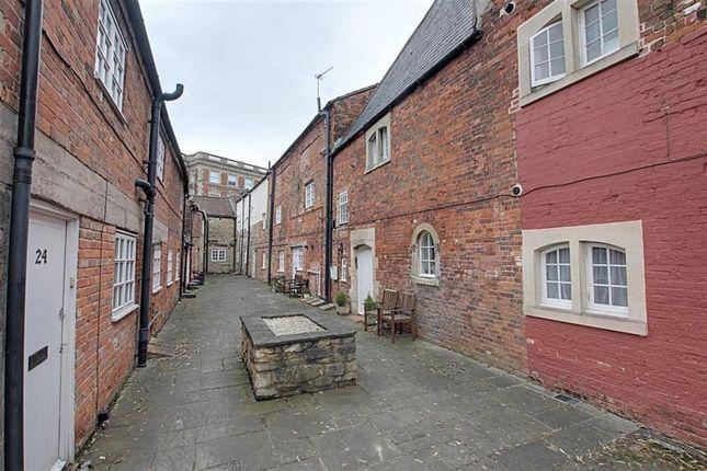 1 bed flat to rent in Hill Street, Trowbridge BA14