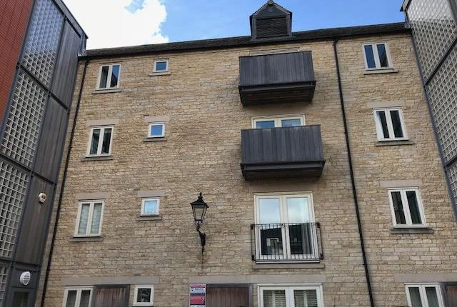 Thumbnail Property to rent in Riverside Place, Stamford
