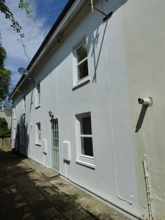 Thumbnail Town house to rent in Vivian Drive, Hakin, Milford Haven
