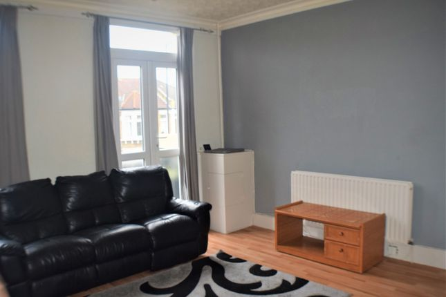 Thumbnail Flat to rent in Hither Green Lane, Hither Green