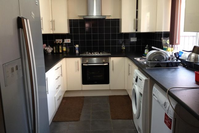Thumbnail Terraced house to rent in Ruskin Avenue, Manchester