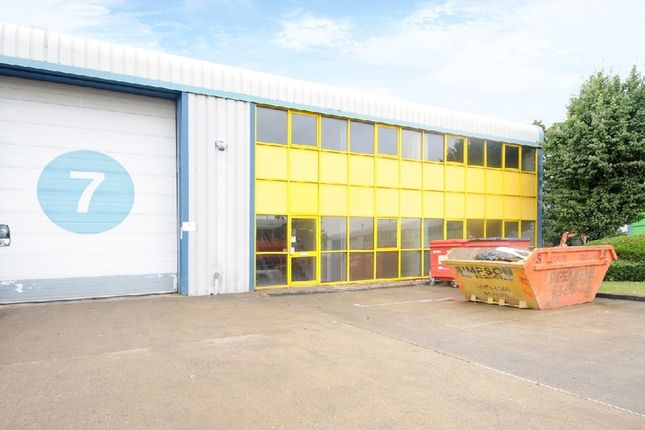 Thumbnail Industrial to let in Kendal Avenue, London