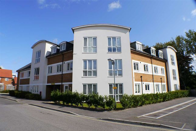 Flat for sale in Mansfield Court, Sanditon Way, Worthing