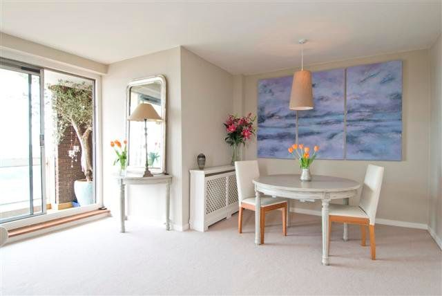 2 bed flat for sale in Holyport Road, London SW6
