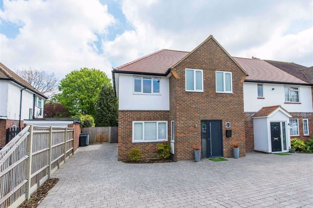 Thumbnail Link-detached house for sale in Dunsfold Rise, Coulsdon, Surrey