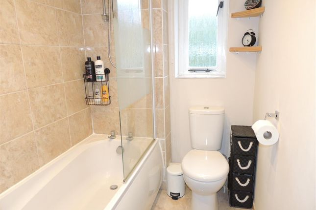 Bathroom of Sunningdale Drive, Warmley, Bristol BS30