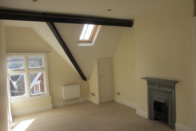 Thumbnail Flat to rent in Minster Street, Salisbury