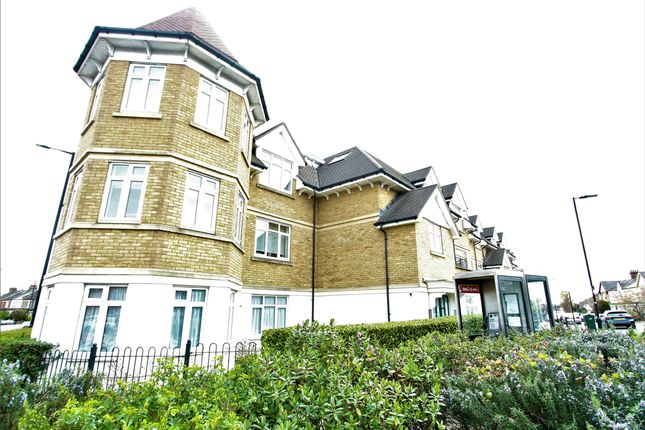 Thumbnail Flat for sale in Pasters Court, Enfield