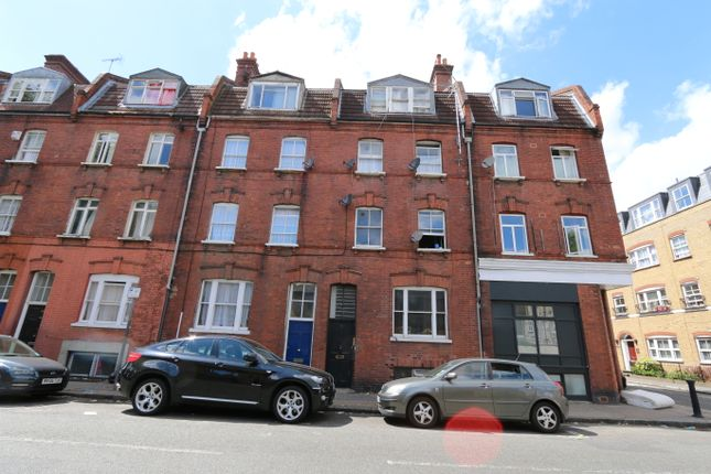 Thumbnail Shared accommodation to rent in Sidney Street, Whitechapel, London