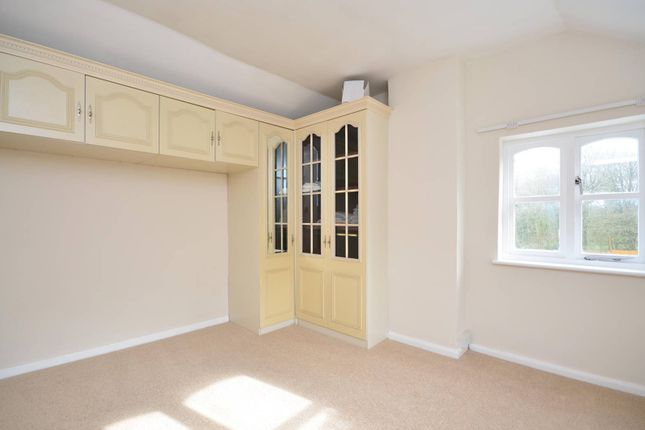 Thumbnail Cottage to rent in Pinks Hill, Wood Street Village