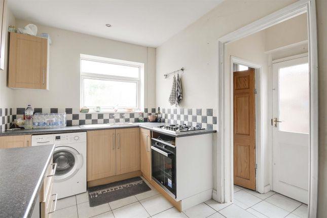 21211 of Torbay Crescent, Bestwood, Nottinghamshire NG5