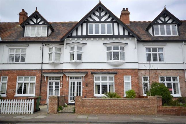 Thumbnail Property for sale in Bradford Avenue, Cleethorpes