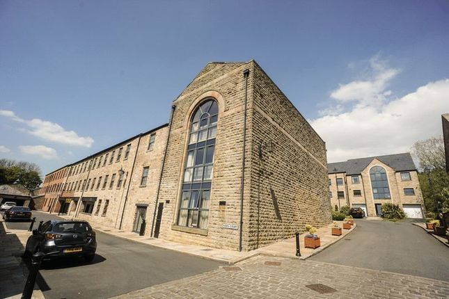 Thumbnail Flat for sale in Kiers Court, Horwich, Bolton