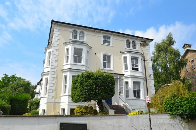 Thumbnail Flat to rent in Belvedere Road, Crystal Palace