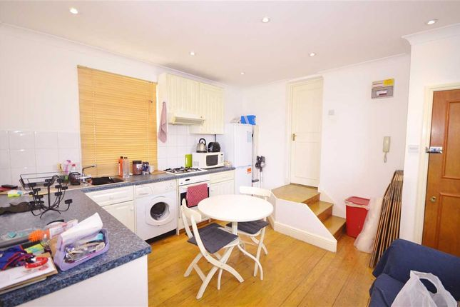 Kitchen of Bowes Road, London N11