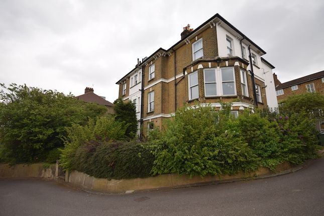 Thumbnail Flat for sale in Cantwell Road, London