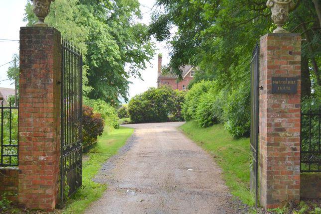 Thumbnail Flat to rent in Nalder Hill House, Stockcross, Newbury