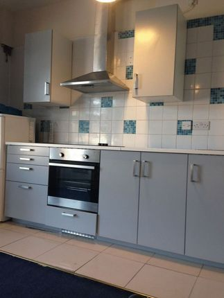 Thumbnail Flat to rent in Belgrave Road, Ilford