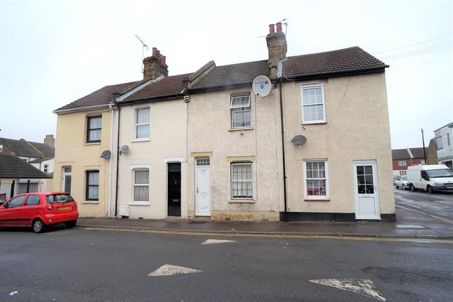 2 bed terraced house to rent in Milton Road, Swanscombe, Kent