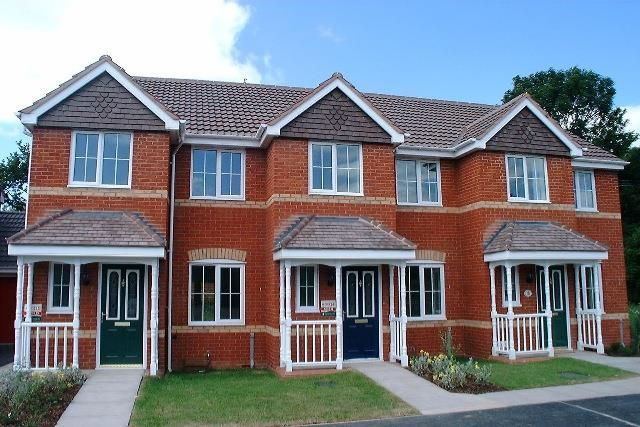 Thumbnail Terraced house to rent in Swan Drive, Droitwich