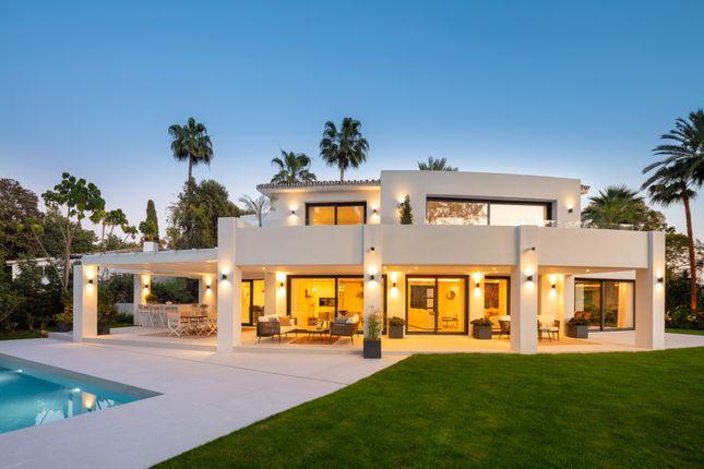 Thumbnail Villa for sale in Las Brisas, Nueva Andalucia, Marbella