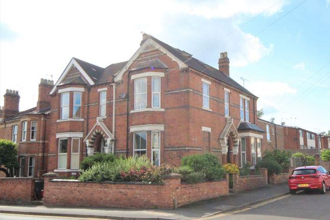 Thumbnail Semi-detached house to rent in Fairlawn Close, Leamington Spa