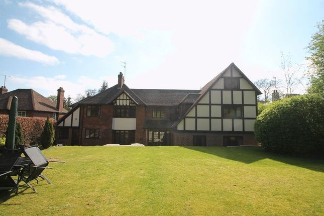 Thumbnail Detached house to rent in Marlow Hill, High Wycombe