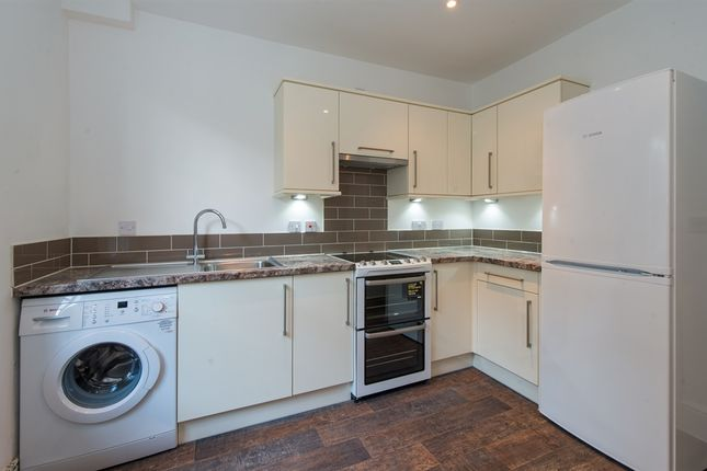 Thumbnail Flat for sale in Week Street, Maidstone