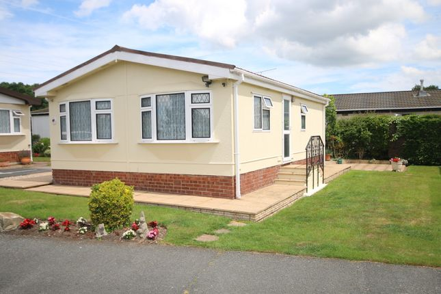 Dengrove Park Shalloak Road Broad Oak Canterbury Ct2 2 Bedroom Mobile Park Home For Sale